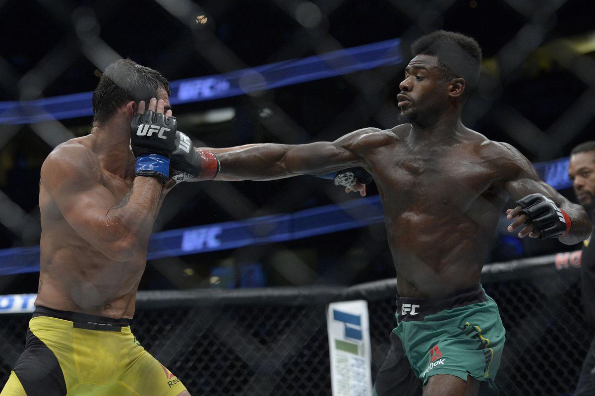 MMA: UFC 214-Sterling vs Barao