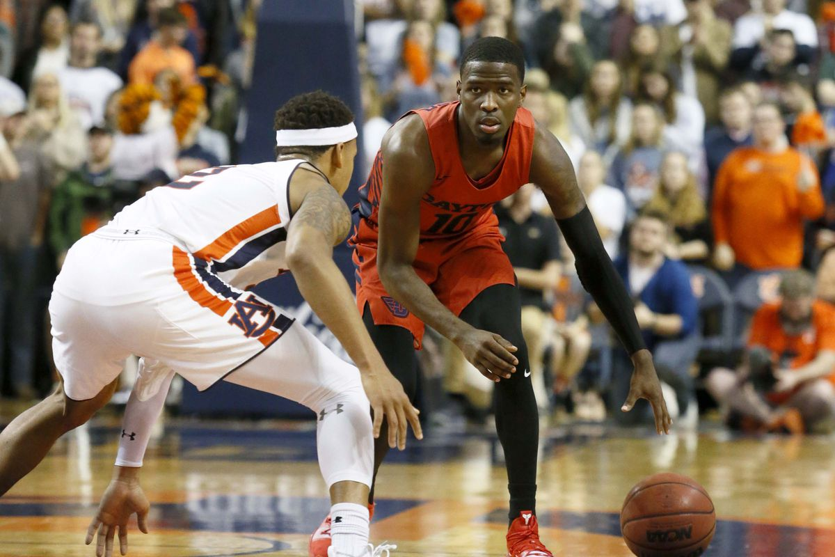 Dayton Enters The Season As One Of The Top Mid Majors In The