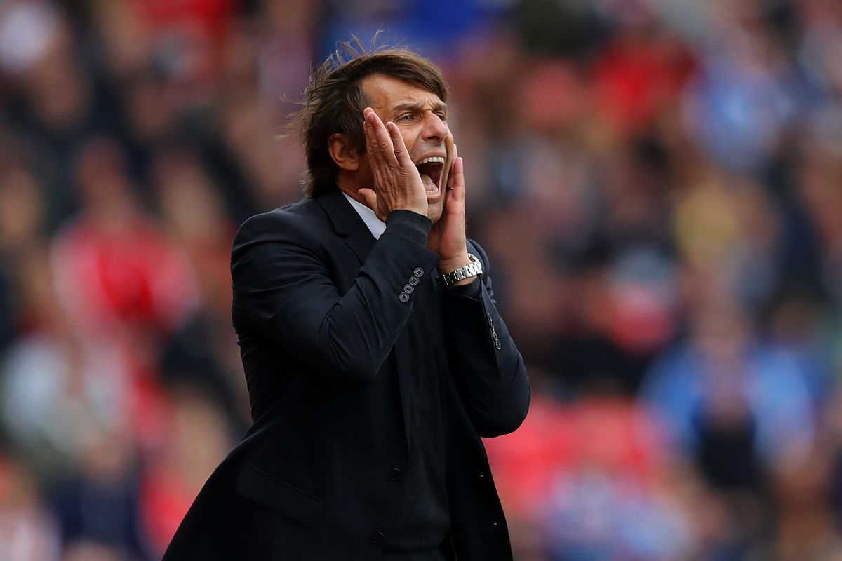 Conte drops hint that he might leave Chelsea and return to Italy