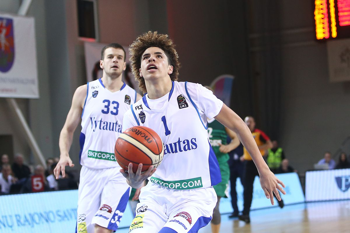 a6b8b1821fd LaMelo, LiAngelo Ball combined for 80 points in their latest Lithuania win