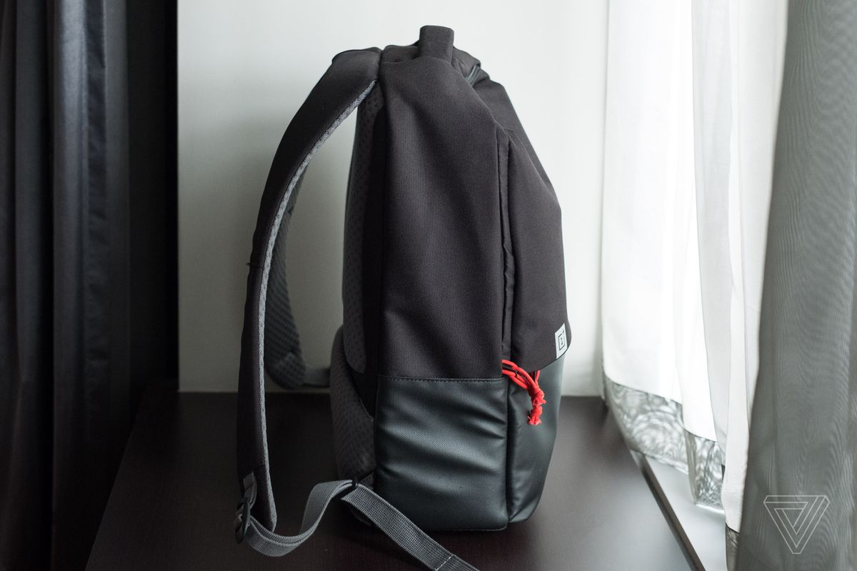 The best OnePlus product this year is the Travel Backpack - The Verge 3a7819971c20c