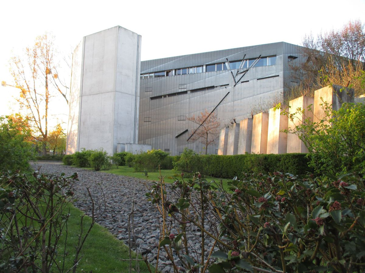 A side view of the zinc-clad Jewish Museum in Berlin. | Nancy Nathan/For USA TODAY