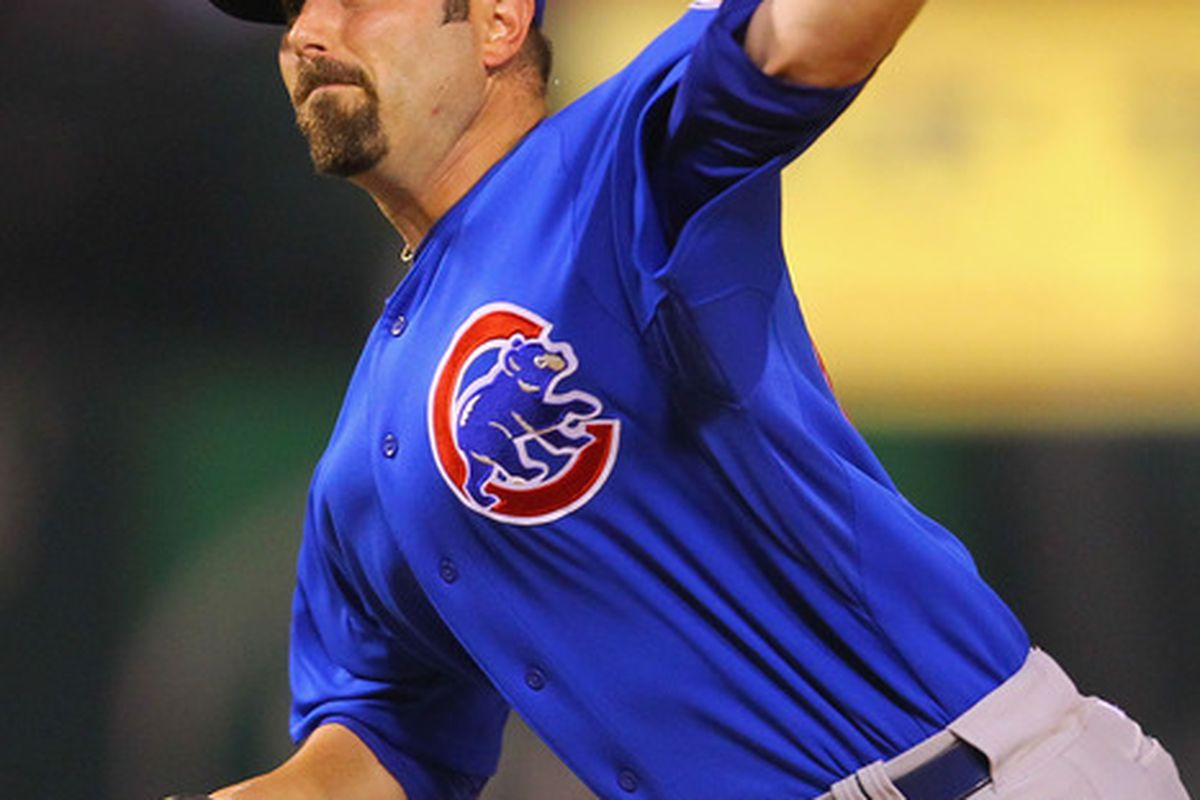 Reliever John Grabow #43 of the Chicago Cubs pitches against the St. Louis Cardinals at Busch Stadium on June 3, 2011 in St. Louis, Missouri.  (Photo by Dilip Vishwanat/Getty Images)