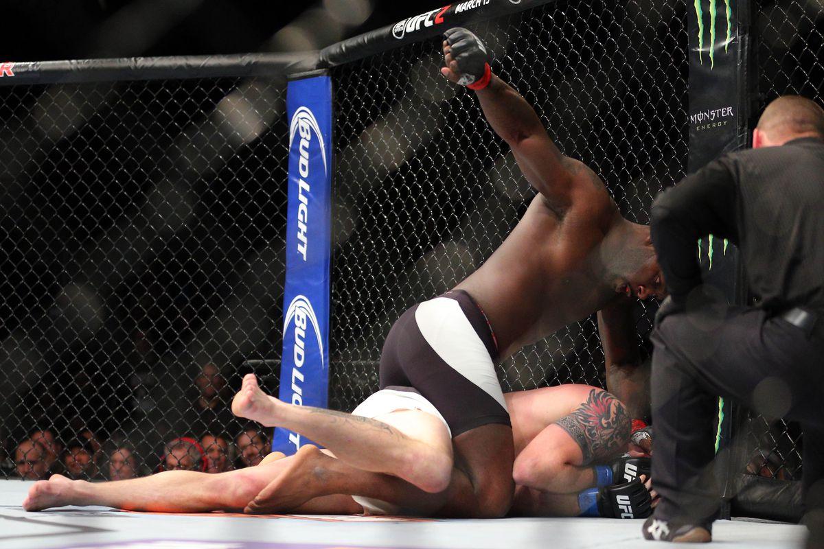 MMA: UFC on Fox 18-Johnson vs Bader