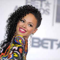 """FILE - This July 1, 2012 file photo shows R&B singer Elle Varner posing at the BET Awards in Los Angeles. Varner's debut album """"Perfectly Imperfect,"""" which debuted at No. 2 on Billboard's R&B/Hip Hop albums chart last month and currently sits at No. 11, proves it can appeal to generations of fans. She's also been recognized for her work with a Soul Train Awards Best New Artist nomination, which she called a shock after discovering it through congratulations on Twitter."""