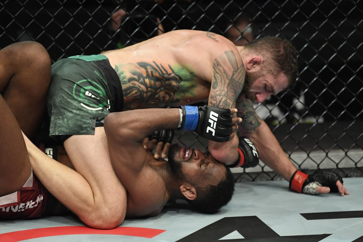 Michael Chiesa mauls Neil Magny on the ground to win UFC Fight Island 8  main event, calls out Colby Covington again - MMA Fighting