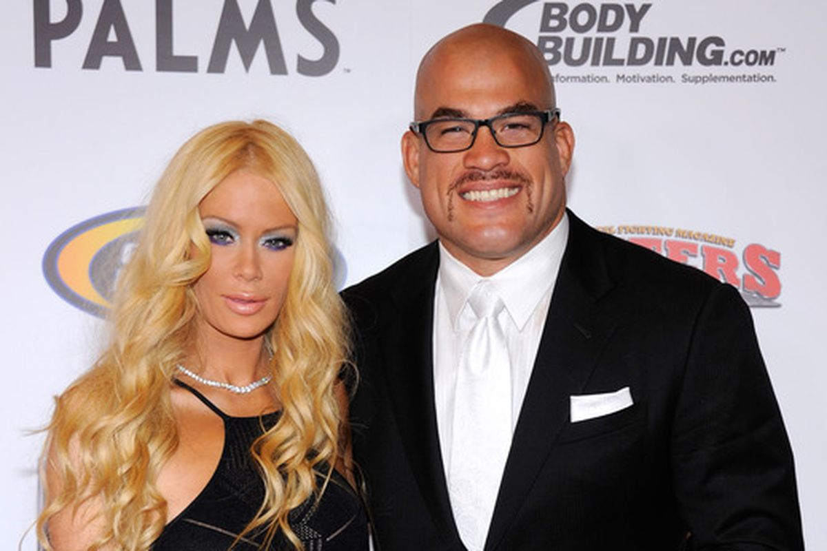 Who is tito ortiz currently dating