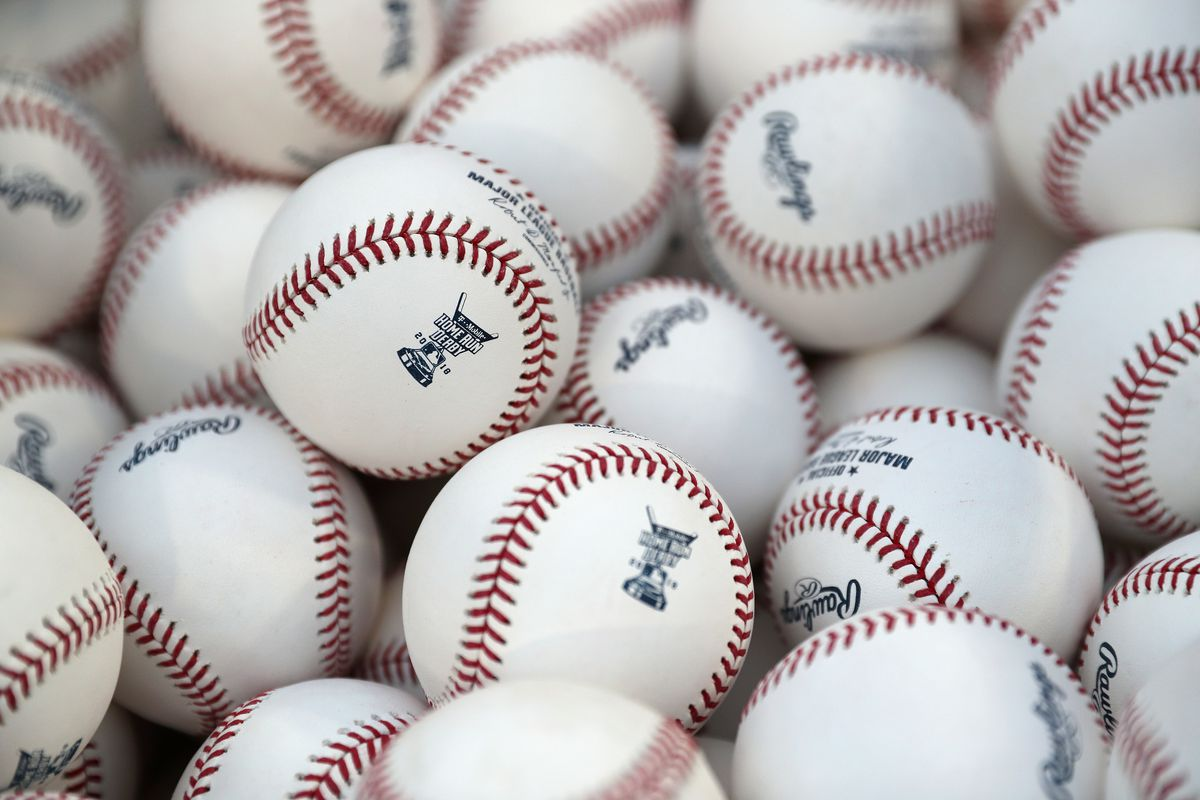 The end of rubbing mud? MLB experiments with new baseballs