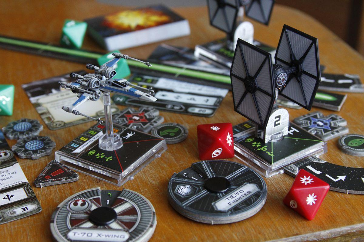 X-Wing Miniatures Force Awakens starter set gallery