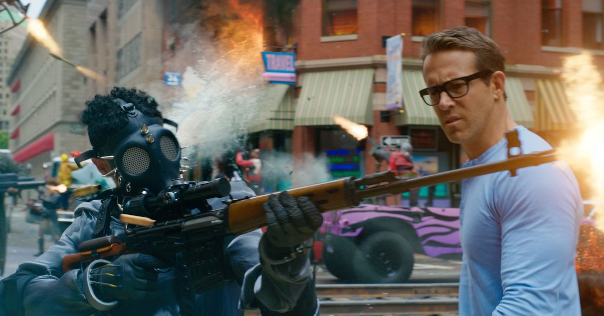 Free Guy review: Ryan Reynolds' video game movie avoids Fortnite syndrome -  Polygon