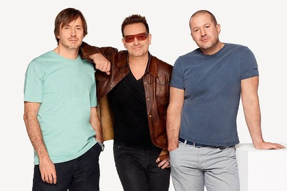 Apple's Jonathan Ive teams with Bono for AIDS benefit, auction to include  gold EarPods - The Verge