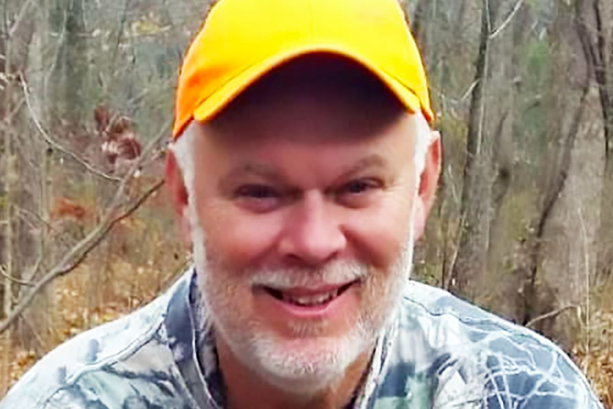 Randy Hellmann loved hunting and fishing and fighting for his fellow union members. Before he died of COVID-19 in March, he made his best friend promise to build a vaccine campaign around his example.