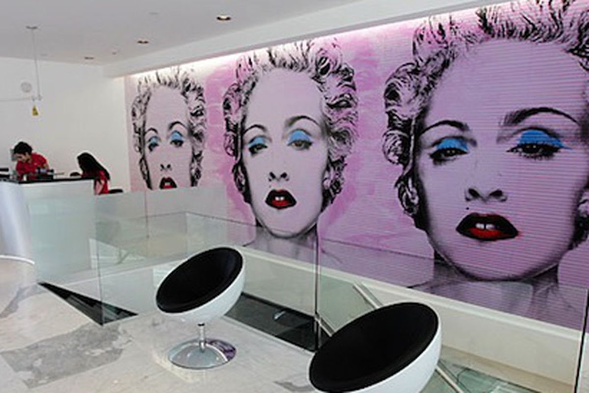No candies, only hard workouts at Madonna's new gym, image via Reuters