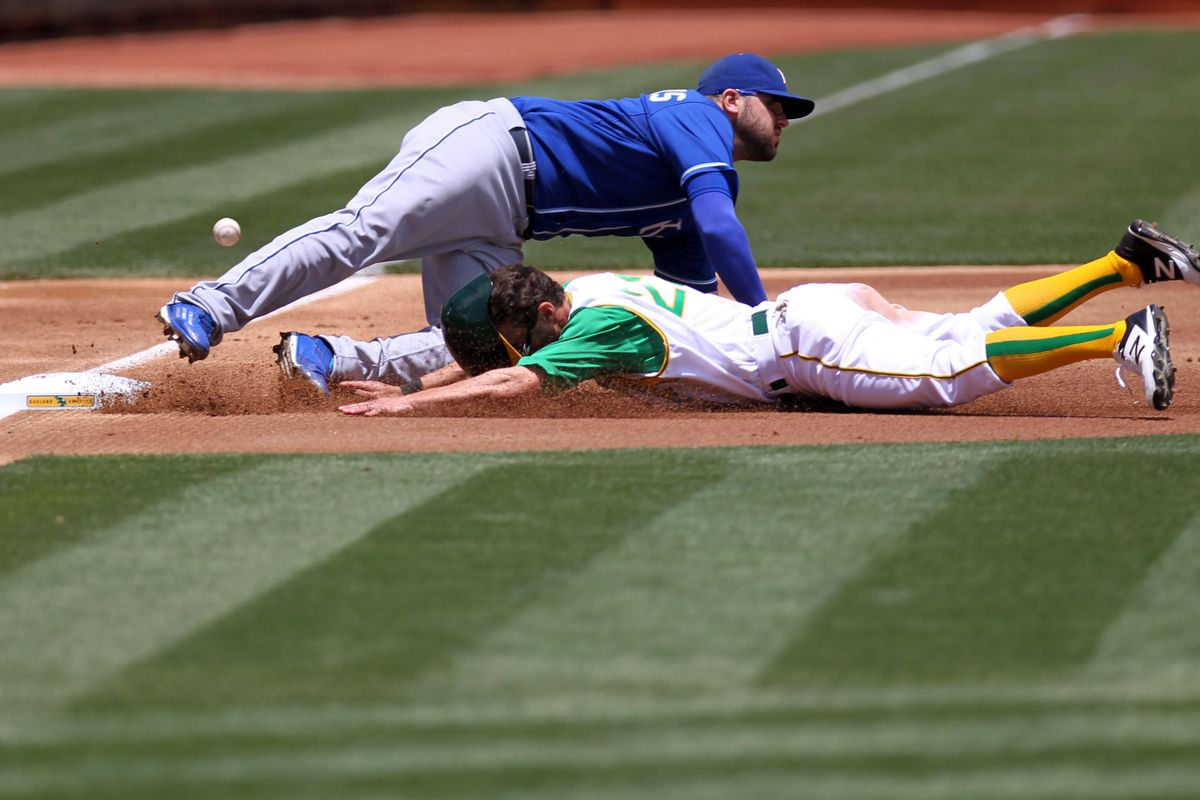 Sam Fuld mixing it up with KC yesterday, 6/27/15
