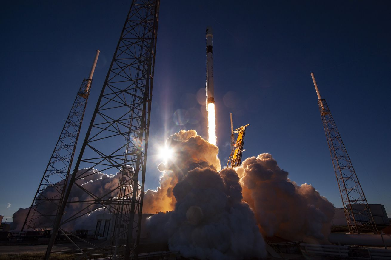 <em>A SpaceX Falcon 9 rocket launches a GPS satellite for the Air Force</em>