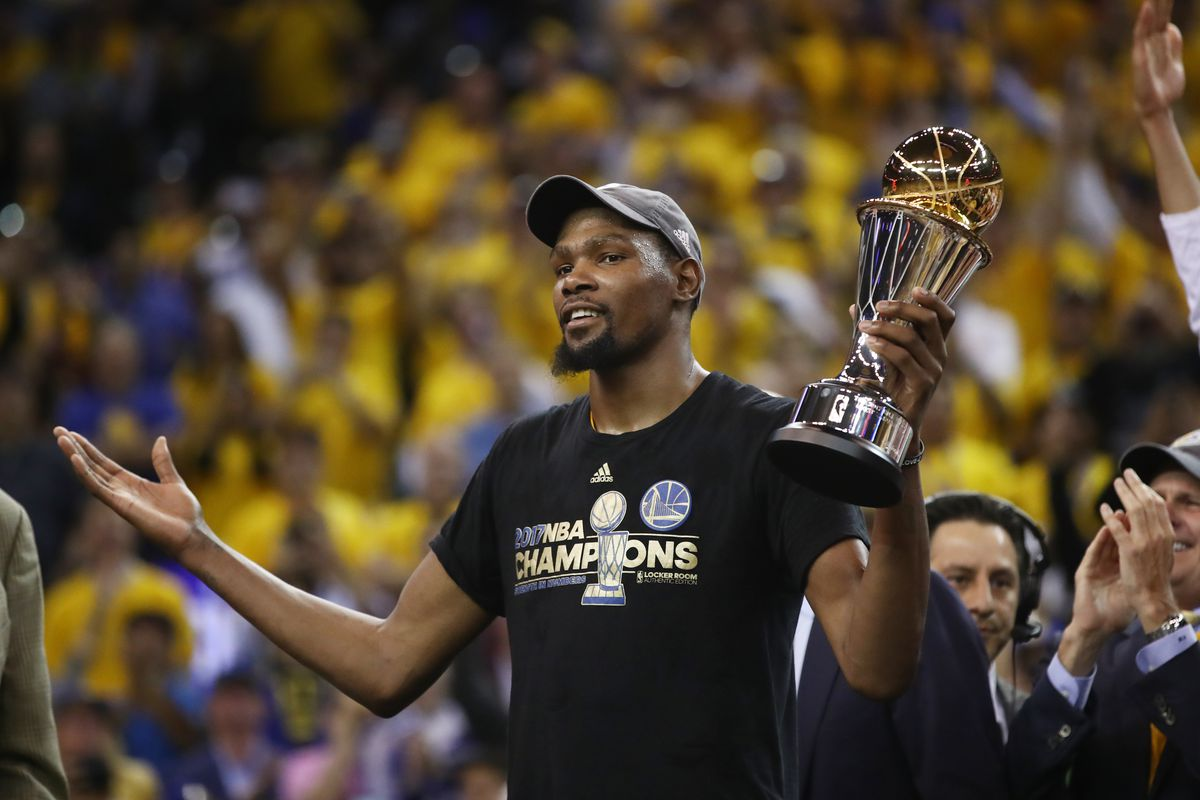 Warriors' Kevin Durant makes huge sacrifice, agrees to two-year, $53M deal
