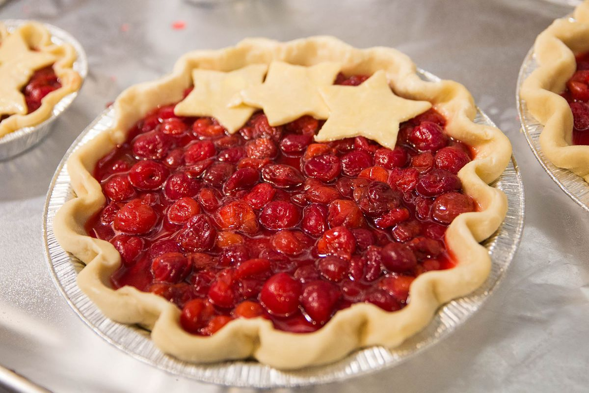 Ogle West Seattle's New Pie Shop, Open as of Yesterday