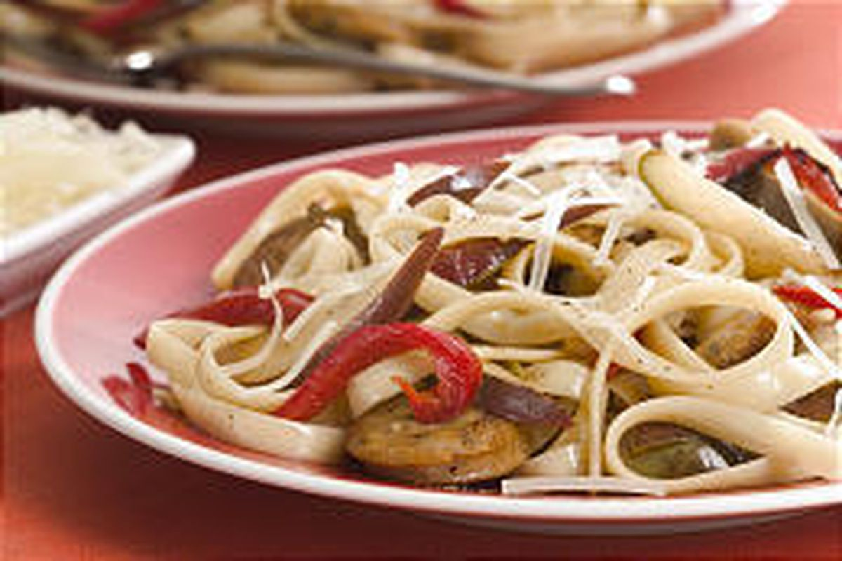 Pasta gets a spicy kick from chicken sausage, peppers and pears.
