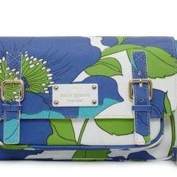 "<a href=""http://www.katespade.com/designer-handbags/fabric-purses/high-falls-scout/PXRU3419,default,pd.html?dwvar_PXRU3419_color=932&start=39&cgid=handbags/"">Kate Spade High Falls Scout bag, $278</a>, Kate Spade"