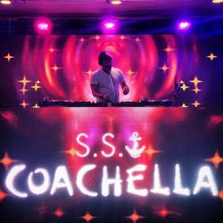"""""""James Murphy is setting the tone for the #SSCoachella cruise with his poolside opening set!"""" - <a href=""""http://instagram.com/p/Tb3RYwlRSM/"""">@nickydigital</a>"""