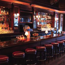 """Palmers (2298 Fillmore Street), a relatively new spot on Fillmore, has fabulous pre-dinner cocktails at wallet friendly ($11) prices. Nice enough that you'll easily stay for a second round!  <br> Image via <i><a href=""""http://palmerssf.com"""">Palmer's</a><"""