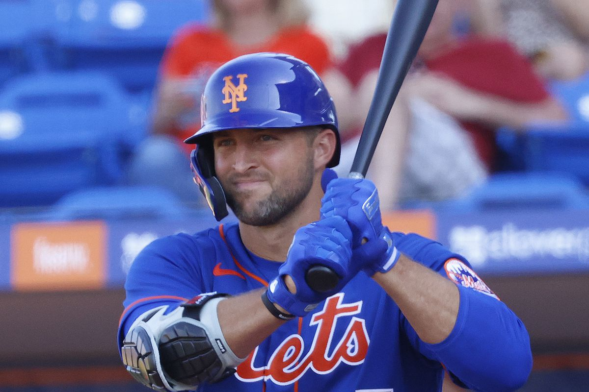 Tim Tebow #85 of the New York Mets prepares to bat against the St Louis Cardinals in the eighth inning during a spring training game at Clover Park on March 4, 2020 in Port St. Lucie, Florida.