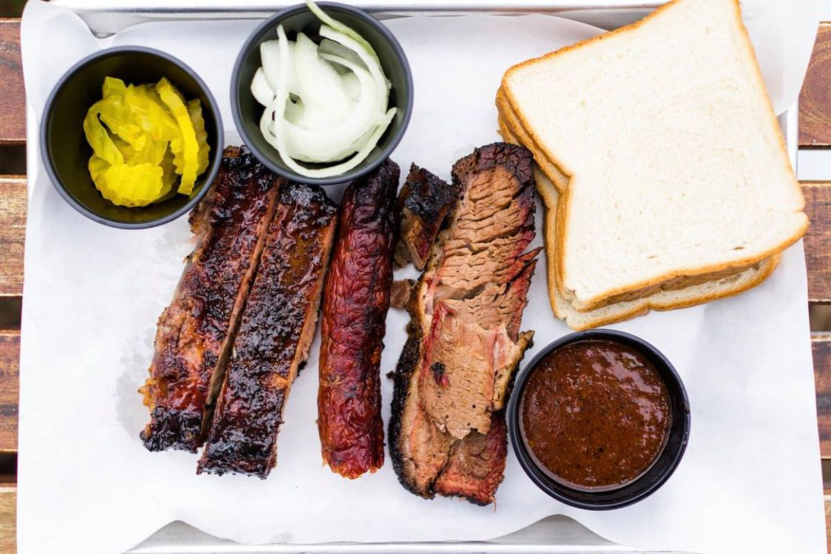 A tray of barbecue from John Mueller's Black Box Barbecue