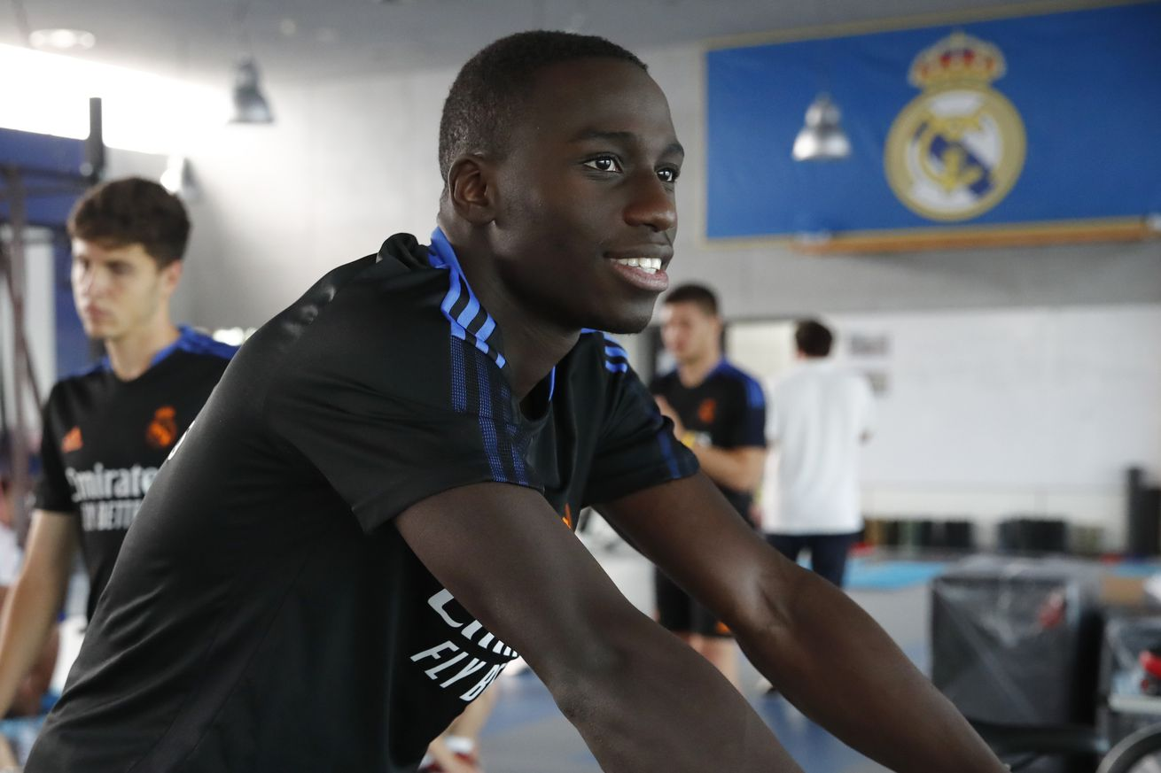 Ferland Mendy never asked for a salary raise and wants to stay at Real Madrid