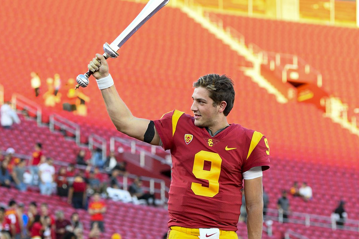 Iowa Football Behind Enemy Lines With The Usc Trojans