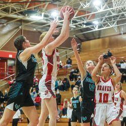 Farmington and Bountiful compete in a girls basketball game in Bountiful on Thursday, Jan. 14, 2021.