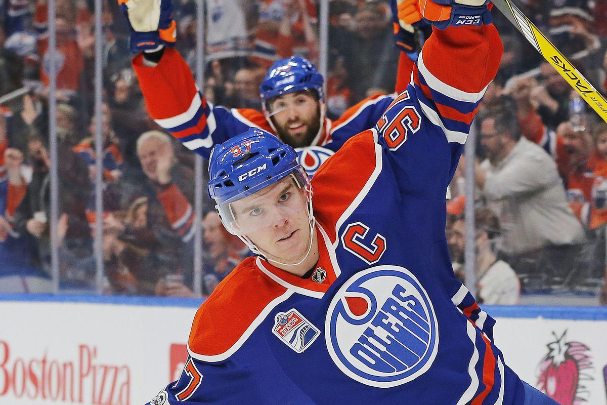 NHL: Philadelphia Flyers at Edmonton Oilers