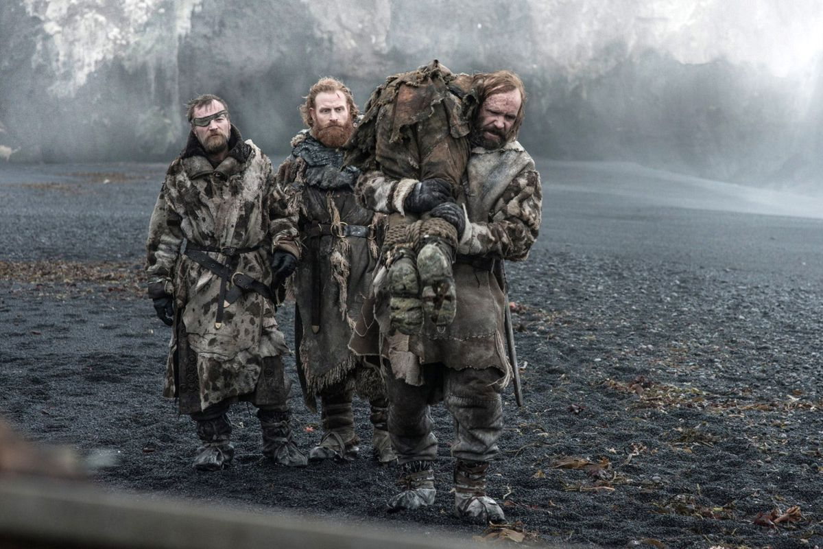 Beric, Tormund, and the Hound carrying a wight