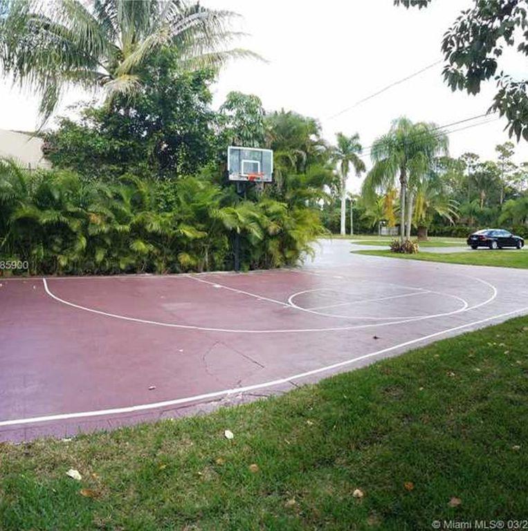 Oj Simpson S Former Miami Home Seeks 1 3m Curbed Miami