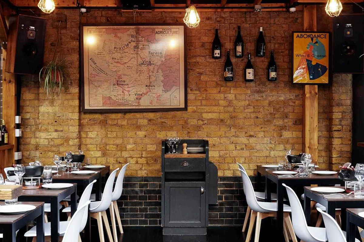 French restaurants L'Absinthe and Androuet have closed in London
