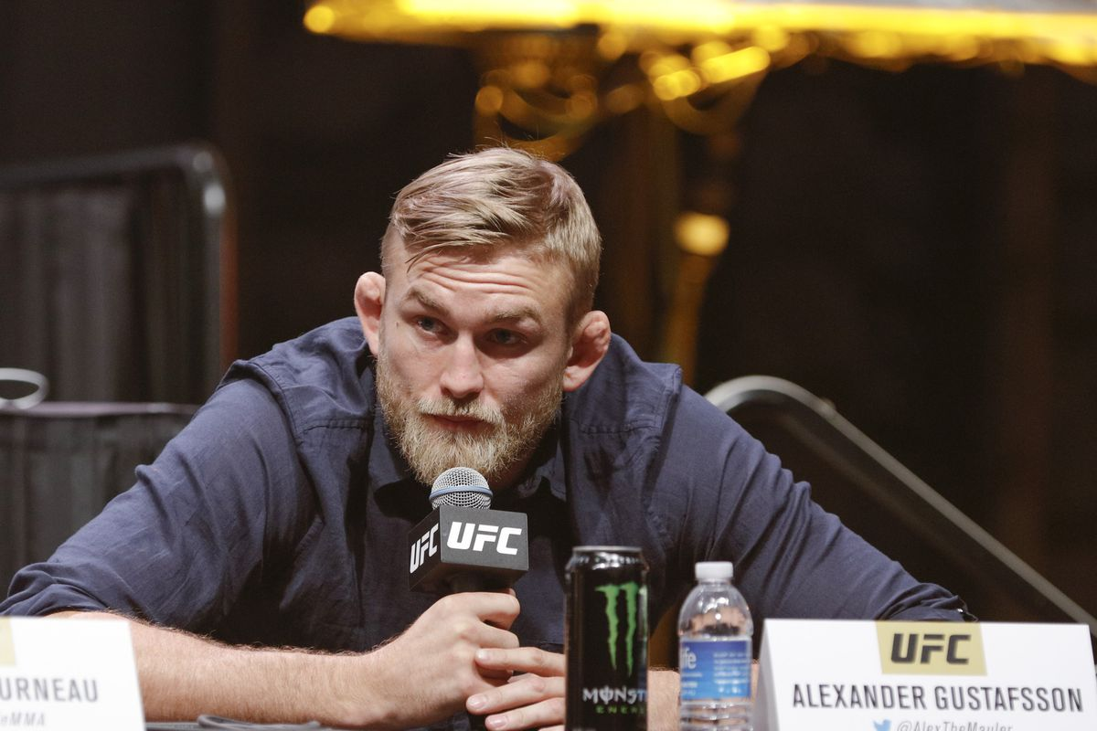Alexander Gustafsson will answer questions at the UFC Fight Night 109 post-fight press conference.