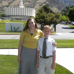 Kelsi and Miles Anderson pose for a photo prior to Kelsi entering the MTC to serve as a missionary in 2009.