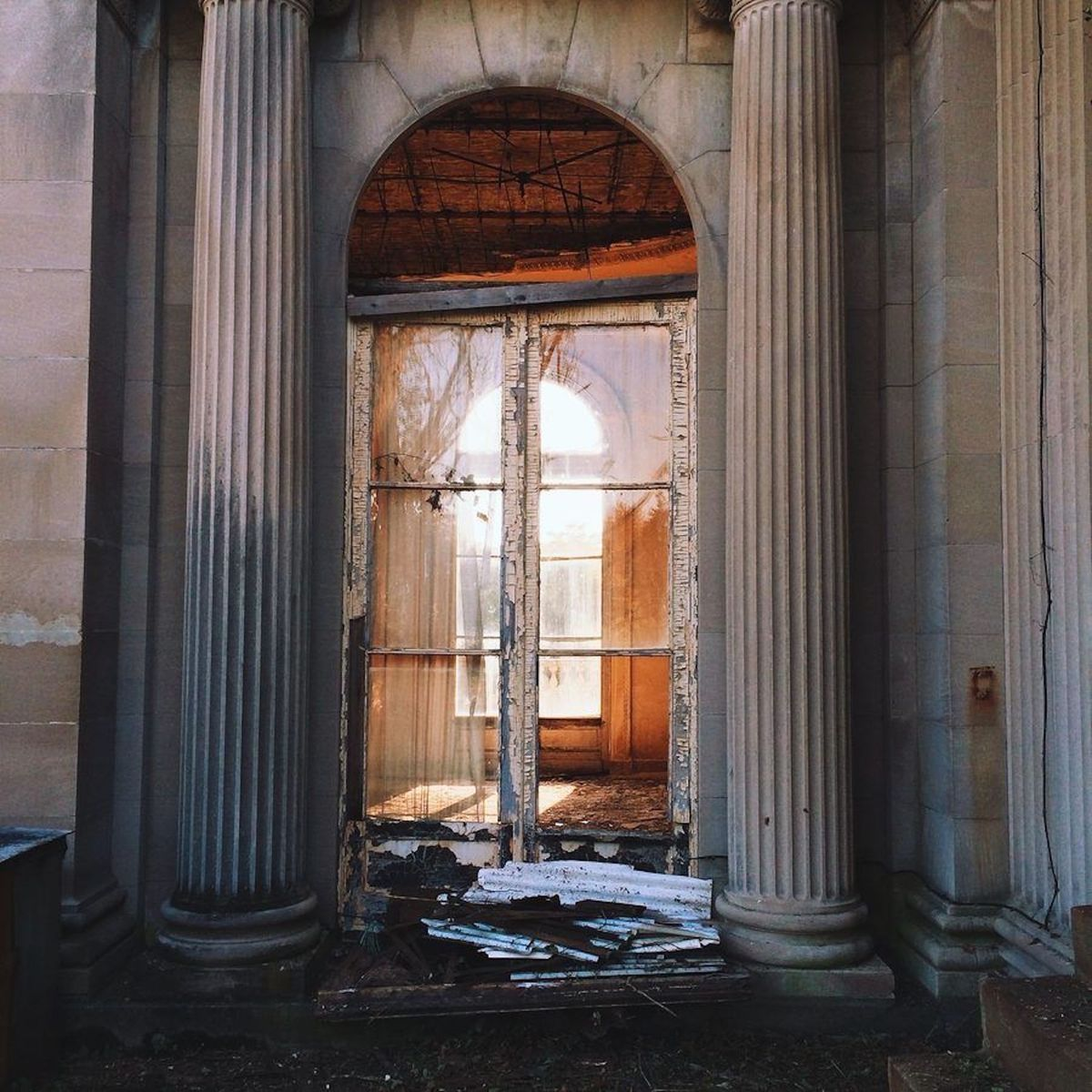 Photos: Step Inside The Majestic Lynnewood Hall