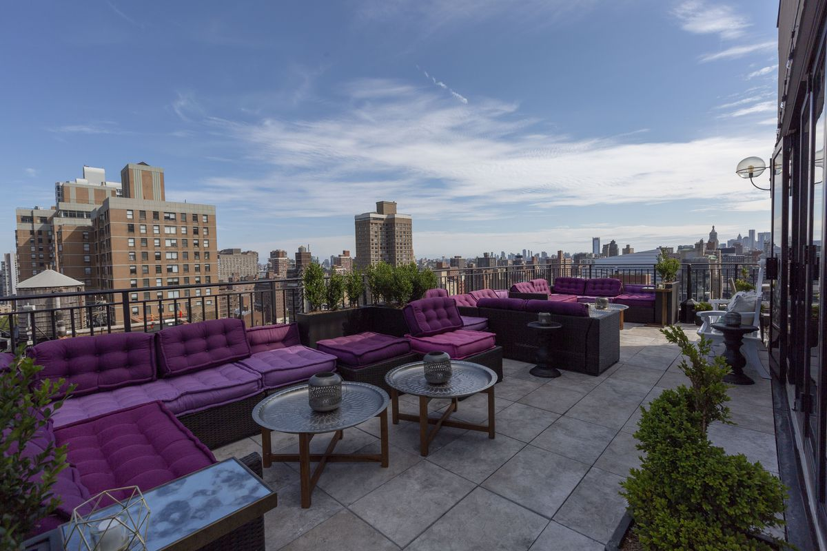A Rooftop Lounge With Mediterranean Food Hits Nomad Eater Ny