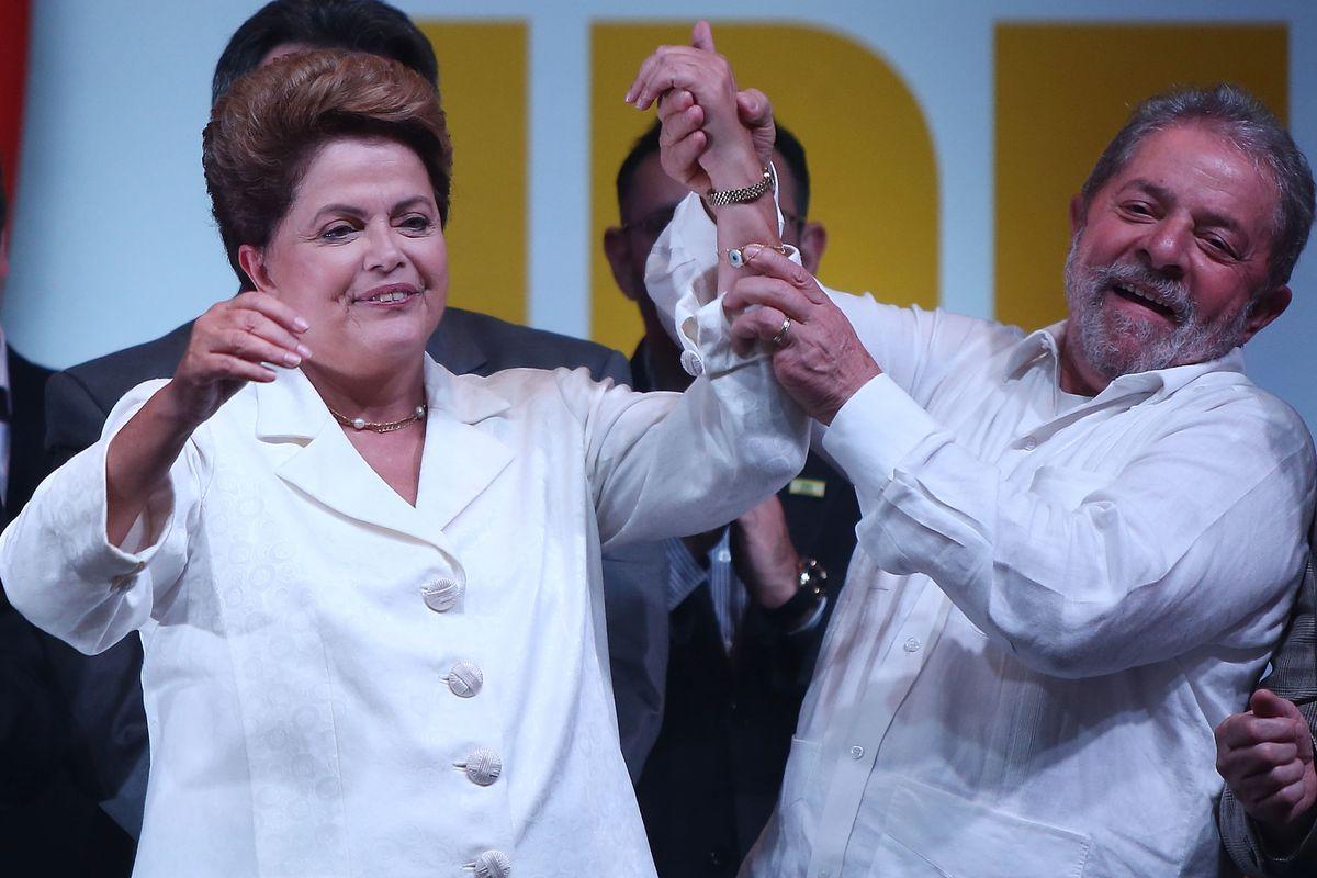 President Dilma Rousseff (L) with just-detained former President Luiz Inácio Lula da Silva.