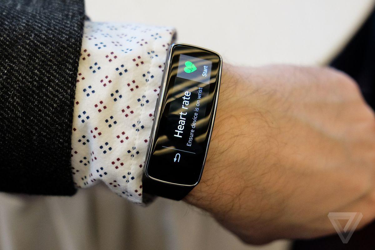 Gallery Photo: Samsung Gear 2, Gear 2 Neo, Gear Fit hands-on photos