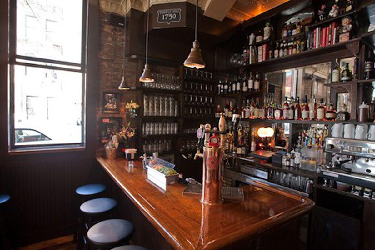 Brooklyn: The Thistle Hill Tavern