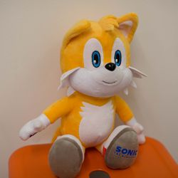 There's also a pre-stuffed Tails doll for sale, because Sonic has trouble going out without at least one friend by his side these days.