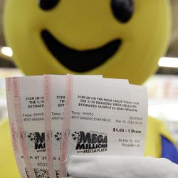 Mega-mania as jackpot increases to $640 million - Deseret News