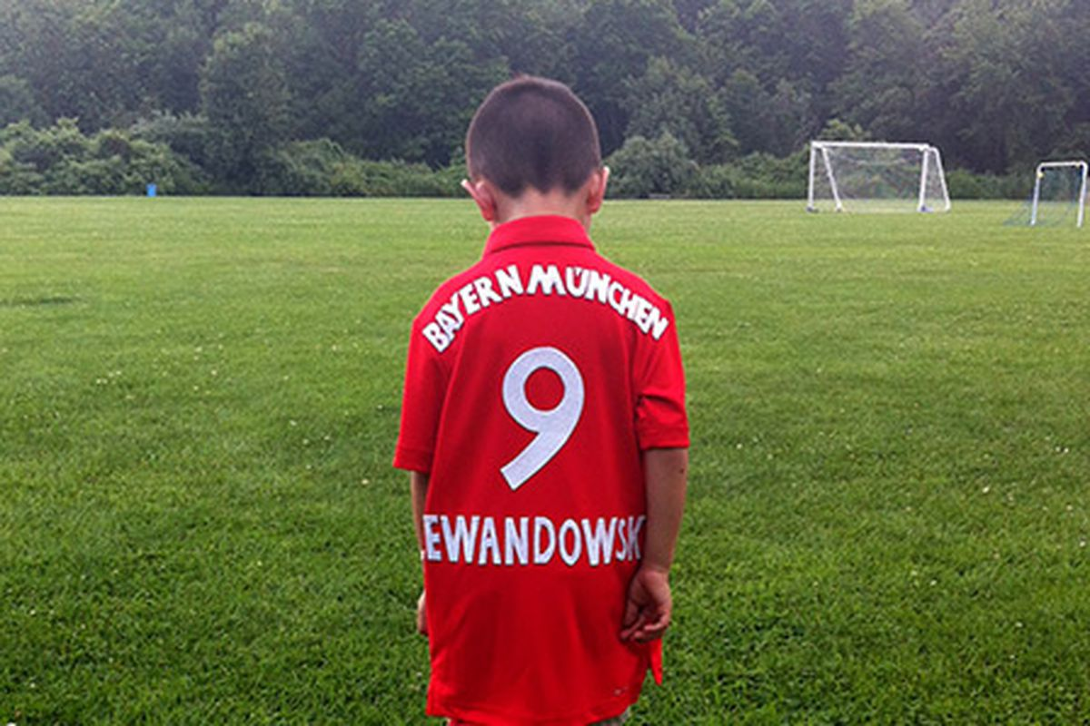 newest 6979e 0b9c2 This dad loves Bayern Munich so much... he made his son a ...
