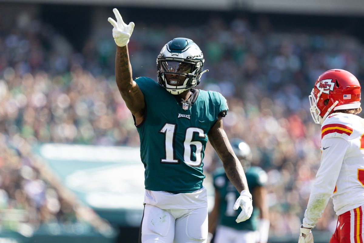 Philadelphia Eagles wide receiver Quez Watkins (16) reacts after a first down catch against the Kansas City Chiefs during the second quarter at Lincoln Financial Field.