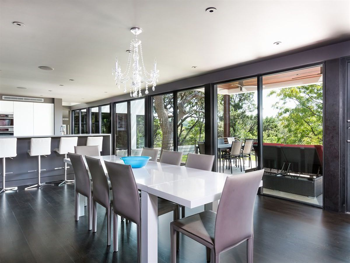 West lake contemporary designed by renowned architects for Hardwood floors 1200 square feet