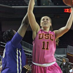 Cassie Harberts recorded another double-double.