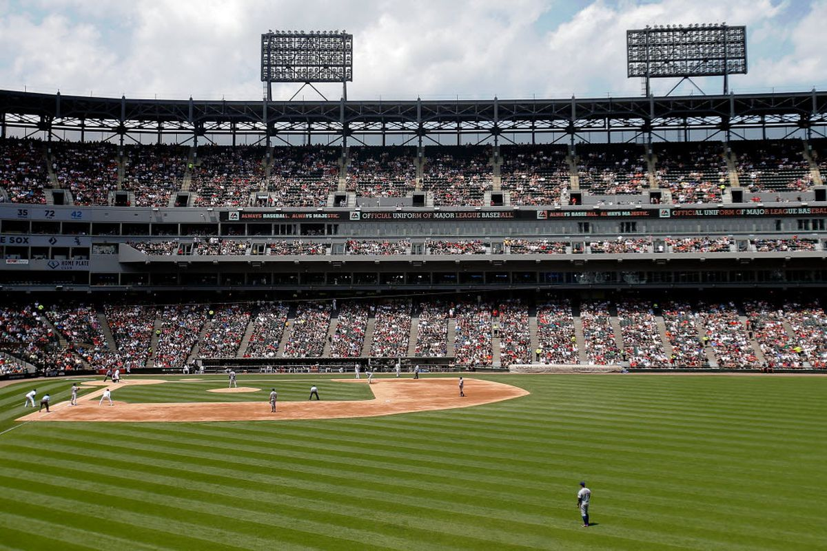 Report: White Sox radio broadcasts moving to WLS next season