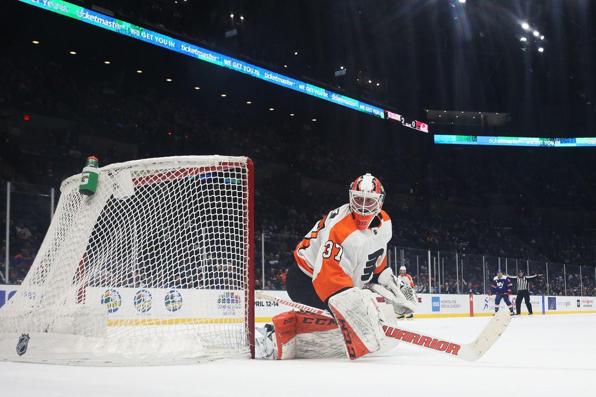 Philadelphia Flyers v New York Islanders