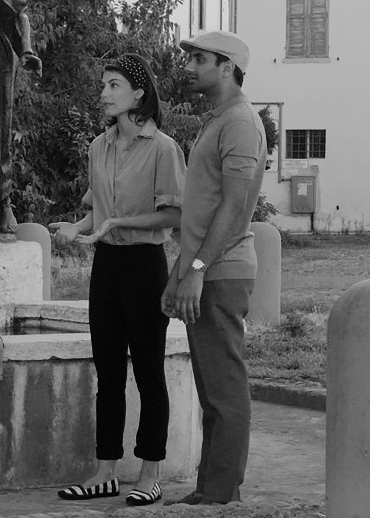 Alessandra Mastronardi as Francesca and Aziz Ansari as Dev in Master of None.
